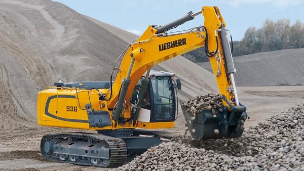 Anleggsmaskiner som for eksempel beltegående gravemaskiner stiller mange krav til de lagrene som tas i bruk.